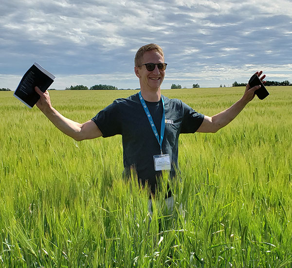 peter watts in field
